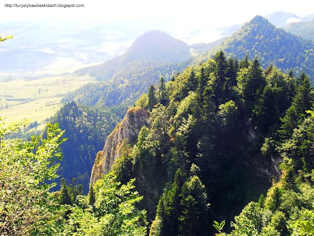 Wspaniały widok na góry Pienińskiego Parku Narodowego po prostu bajka - Przyłącz się do Miłośników Gór i Podróży