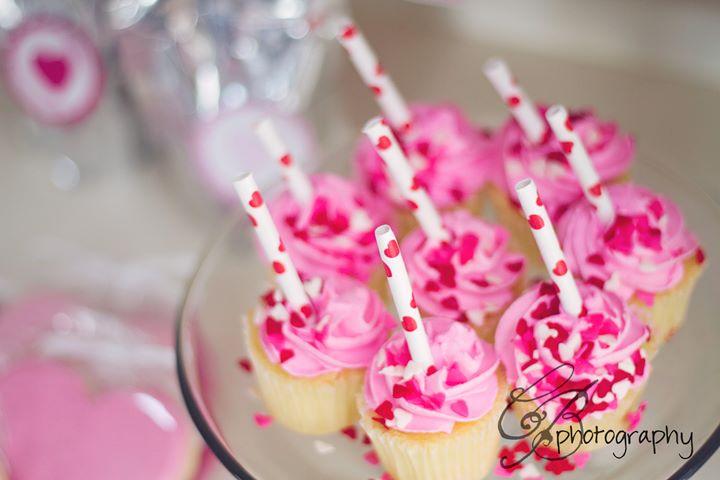 Kara S Party Ideas Be Mine Valentine S Day Party Garland Tutorial