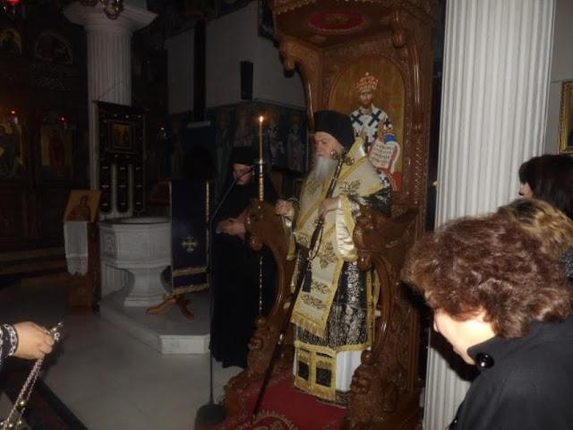 Θ. Λειτουργία των προηγιασμένων Τιμίων Δώρων στο Καλέντζι χοροστατούντος του Μητροπολίτου Κορίνθου κ. Διονυσίου (εικόνες)