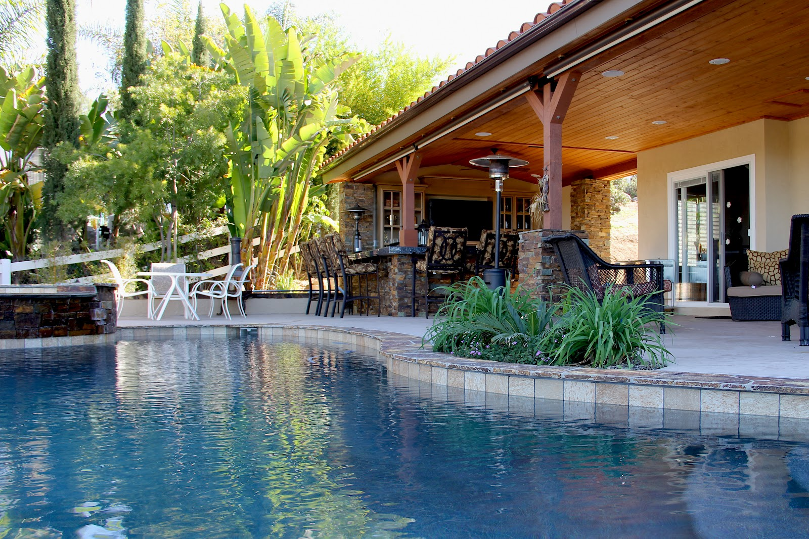 Custom Outdoor Design: Outdoor Kitchen, Living Room, and ... on Pool And Outdoor Living id=78255