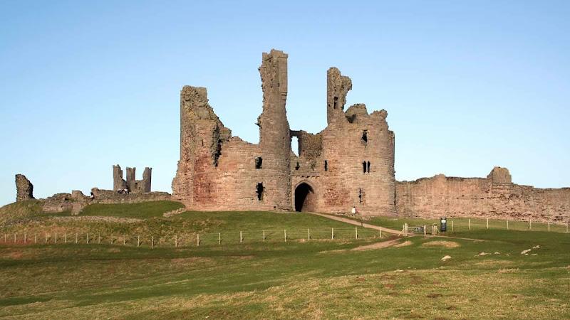 #907 El Castillo de Dunstanburgh
