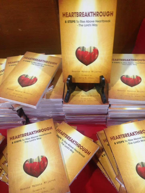 All-Around Pinay Mama, Heartbreakthrough 8 Steps to Rise Above Heartbreak- The Lord's Way by Ms. Meanne Mabesa Mijares