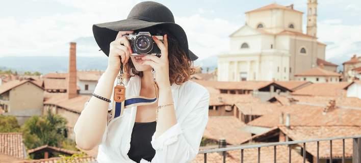 Μανία με τη φωτογραφία -Τι δείχνει νέα έρευνα για όσους βγάζουν πολλές φωτογραφίες