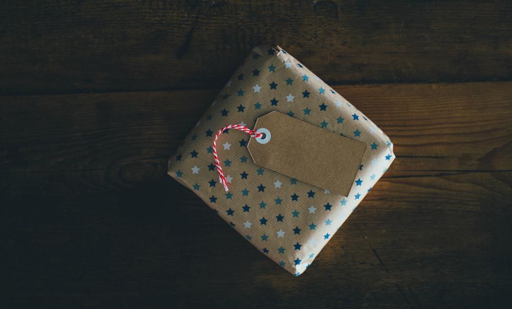 katiecrackernuts.blogspot.com.au || unsplash annie spratt parcel