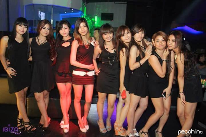 event-akasaka-music-club-akasaka-bali-one-night-in-china Akasaka And A Club Bali