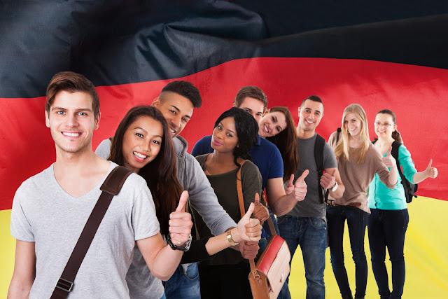 طريقك نحو اجتياز امتحانات اللغة الألمانية Goethe-Zertifikat ، telc Deutsch للمستوى B2