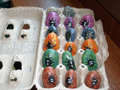 painted rocks, eggs, mystery, carton, Cindy Thomas