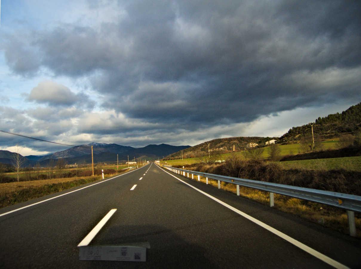 La carretera hacia Aínsa