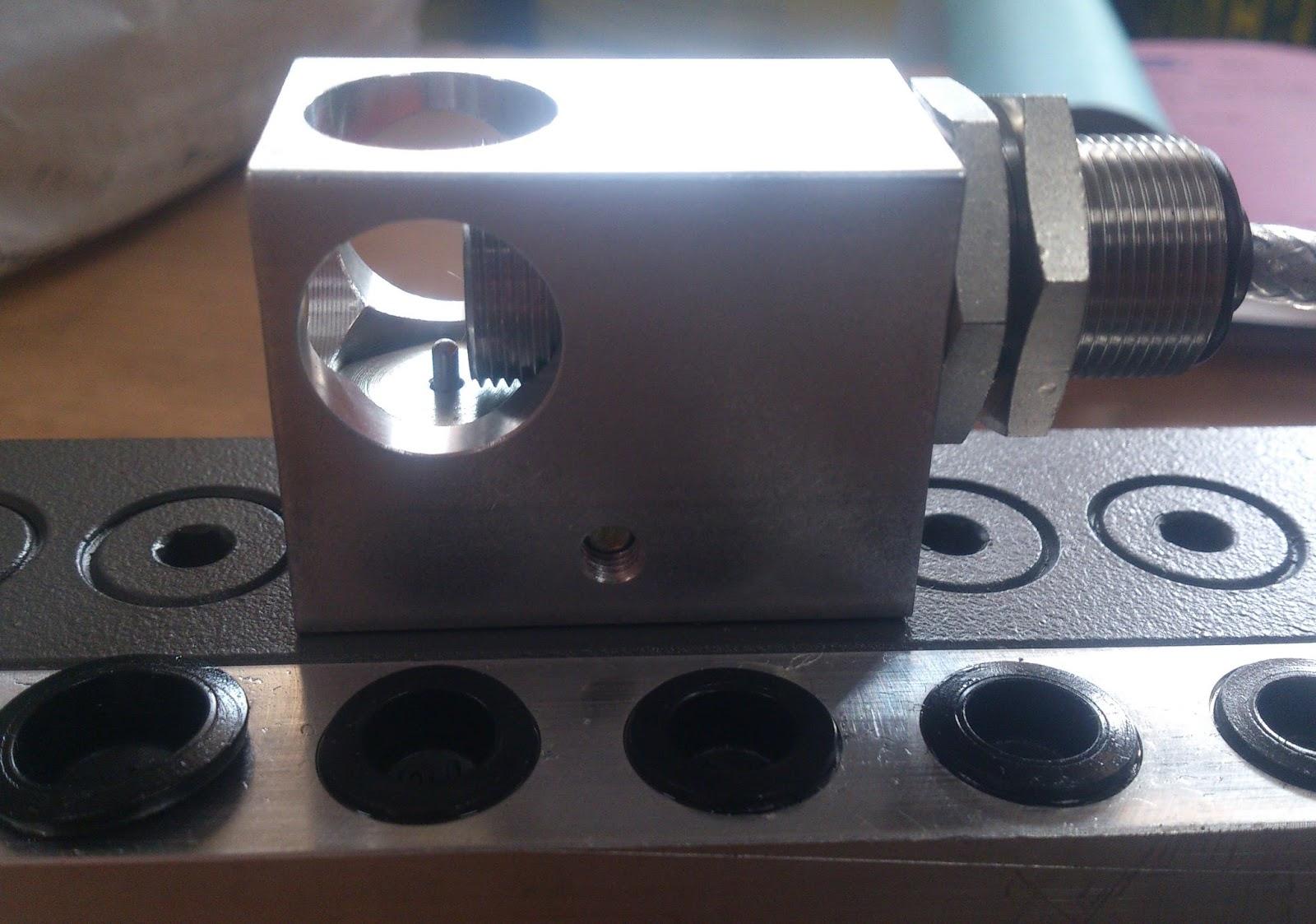 cylinder lubrication unit sensor MAN B&W engine