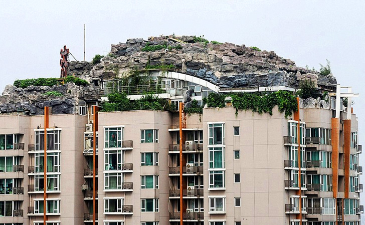 Beijing Doctor Builds Mountainous Penthouse Retreat; Authorities Order Him to Demolish It