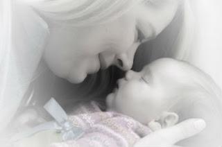 Cumple el sueño de tener un bebé.