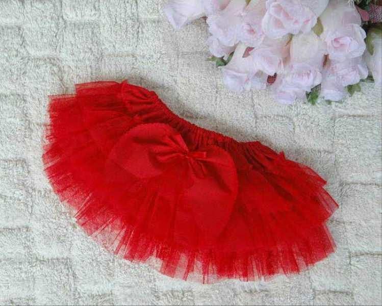 Contoh gambar rok tutu warna merah untuk anak