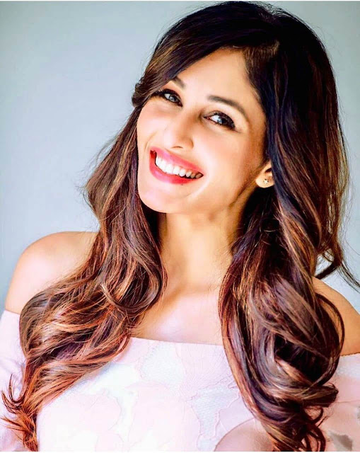 @instamag-former-miss-india-pooja-chopra-collaborating-with-akash-goilas-next
