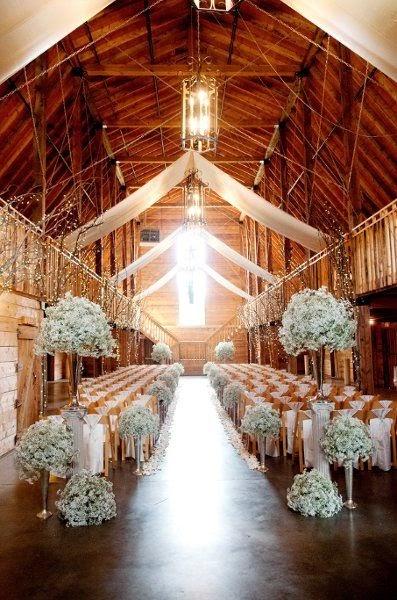 Rustic Wedding Made Innovative and Interesting With Barn Weddings Farm