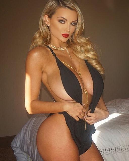 Hot girls Lindsey Pelas sexy big butt Playboy model 3