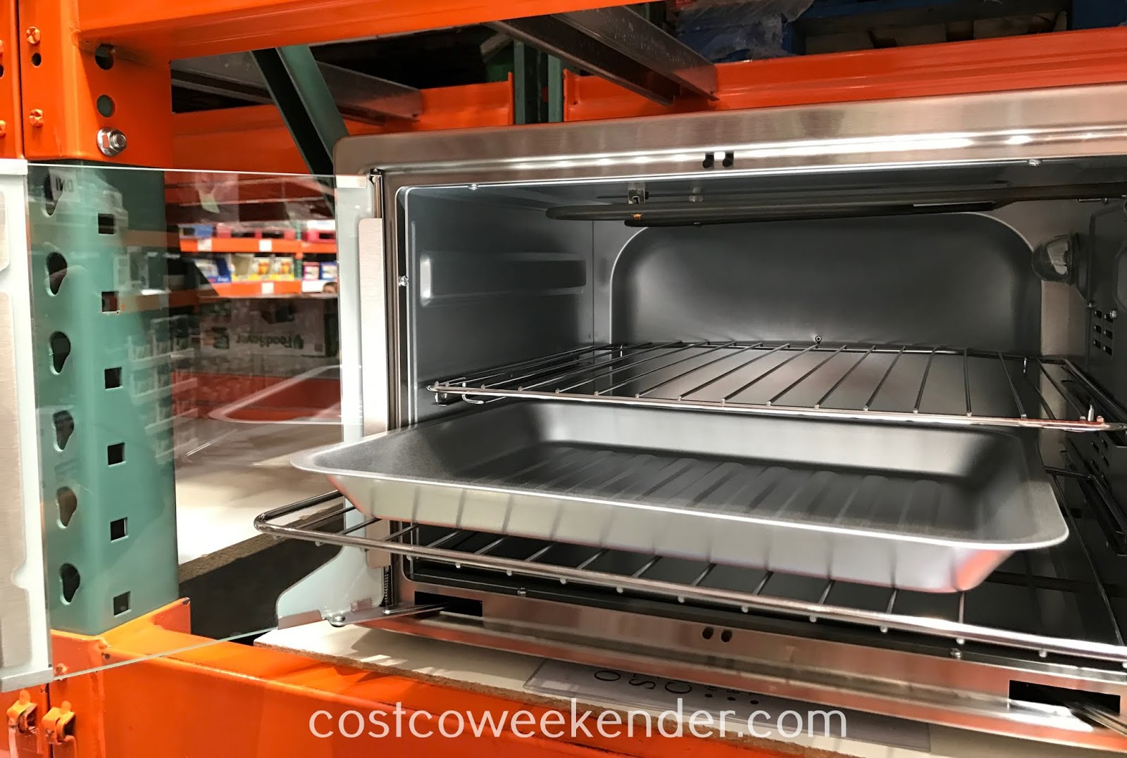Costco 1234400 - Modernize your kitchen with the Oster Digital French Door Oven