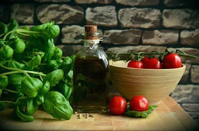 10 foods that Can Increase Progesterone Hormones