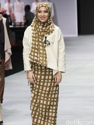 Model Baju Lebaran Gamis Wanita Terbaru untuk Idul Fitri 2017