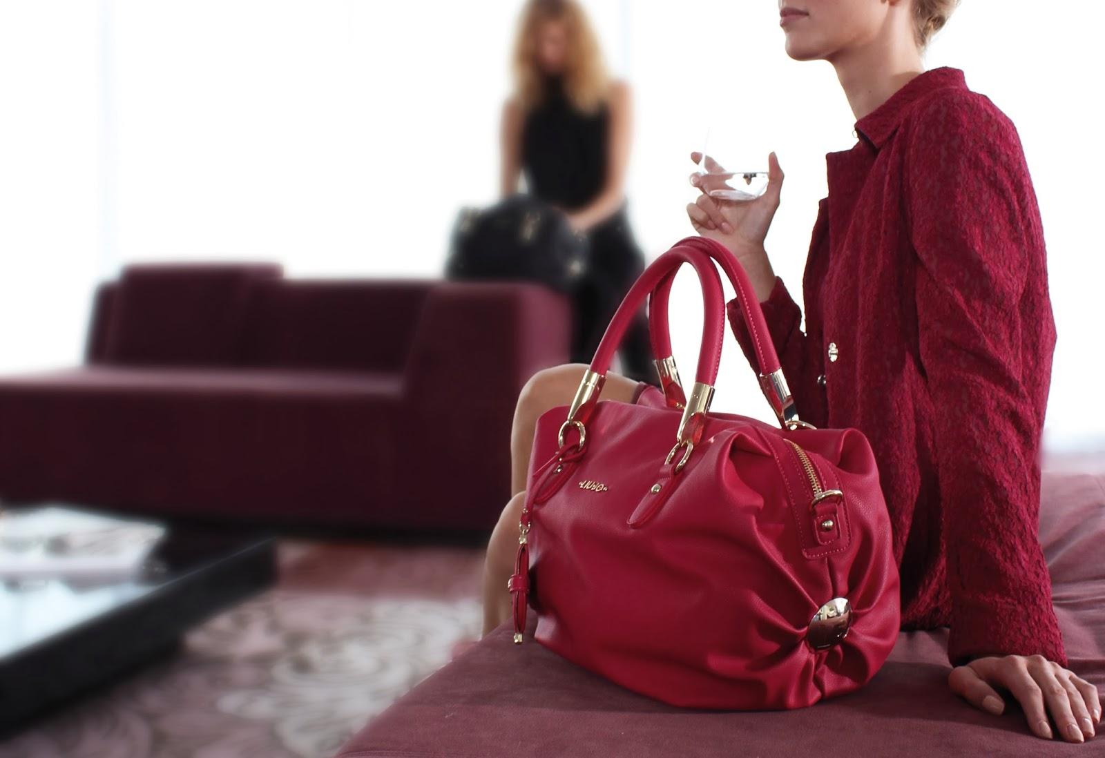 7ddf81fa16c09 Cherry Caipiroska  La Nuova It-Bag Liu Jo  Amélie - Come la vedi t ...