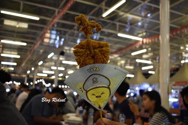 Medan Night Market: Akhirnya bisa kesini - Cumi goreng dari YAYA