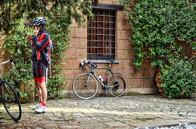 bicycling in Italy bike rental shop in Orvieto Umbria