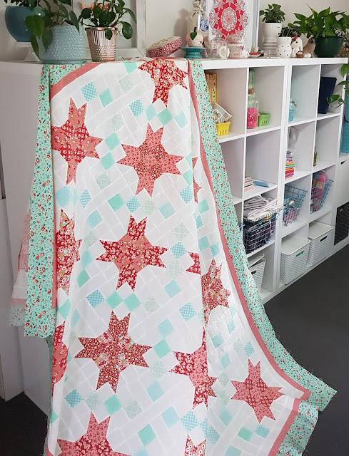 Penelope Quilt by Lilabelle Lane found on A Bright Corner - pattern from the Fresh Fat Quarter Quilts Book by Andy Knowlton