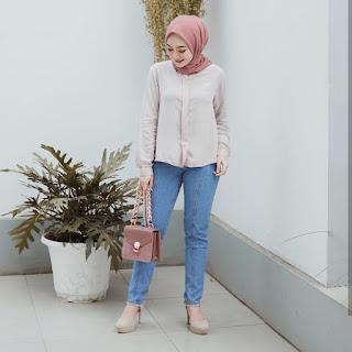 25+ Setelan Baju Muslim Modern Wanita Berhijab paling hits