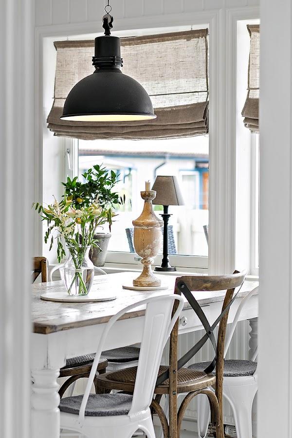 cocina estilo nordico industrial lampara silla tolix blanco escandinavo interiorista barcelona alquimia deco