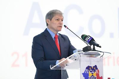 Dacian Cioloș, Cioloș-kormány, régiósítás, Románia, közigazgatás,