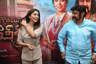 Shriya Saran Nandamuri Balakrishna at Gautamiputra Satakarni Team Press Meet Stills  0199.JPG