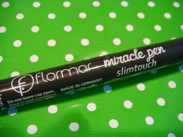 Colección Pin-up de Flormar Eyeliner Miracle Pen Slimtouch
