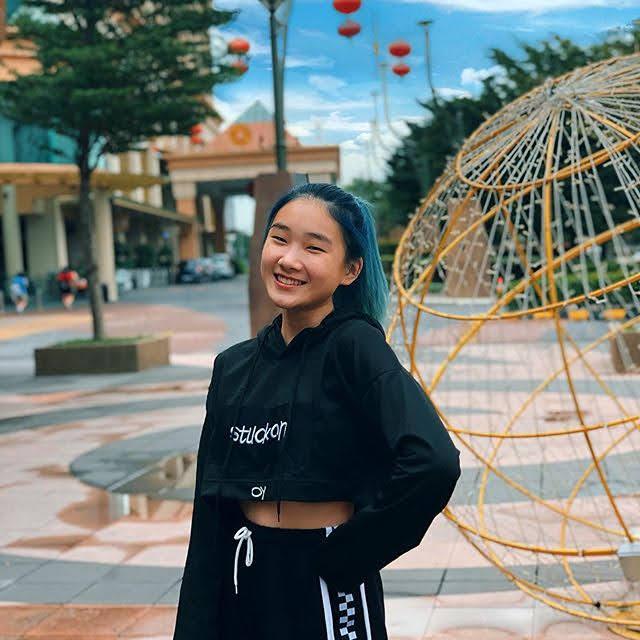Xin Yi 16