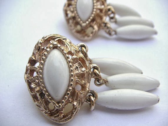 mod earrings emmons vintage jewelry by purpledaisyjewelry shoponsherman vintage emmons jewelry clip on earrings
