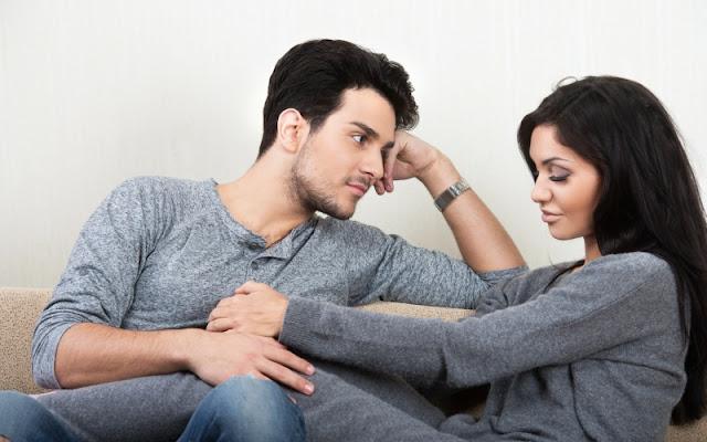 Lihat Perubahan Ini, Yang Berarti Pasangan Anda Selingkuh