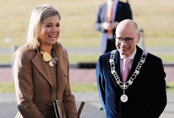 Queen Maxima of The Netherlands attends the meeting of Women Inc about the differences between men and women in health care