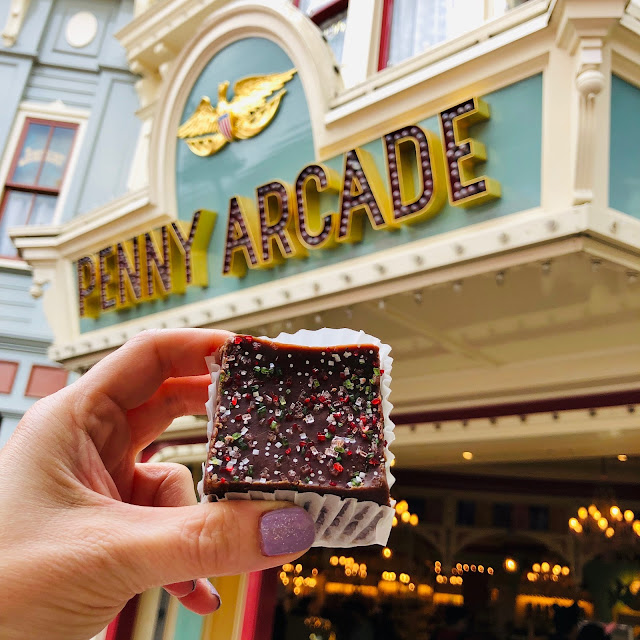 Disneyland Holidays, Christmas, holiday season, Disneyland, top Disneyland holiday ideas, Disneyland Peppermint Fudge, Candy Palace