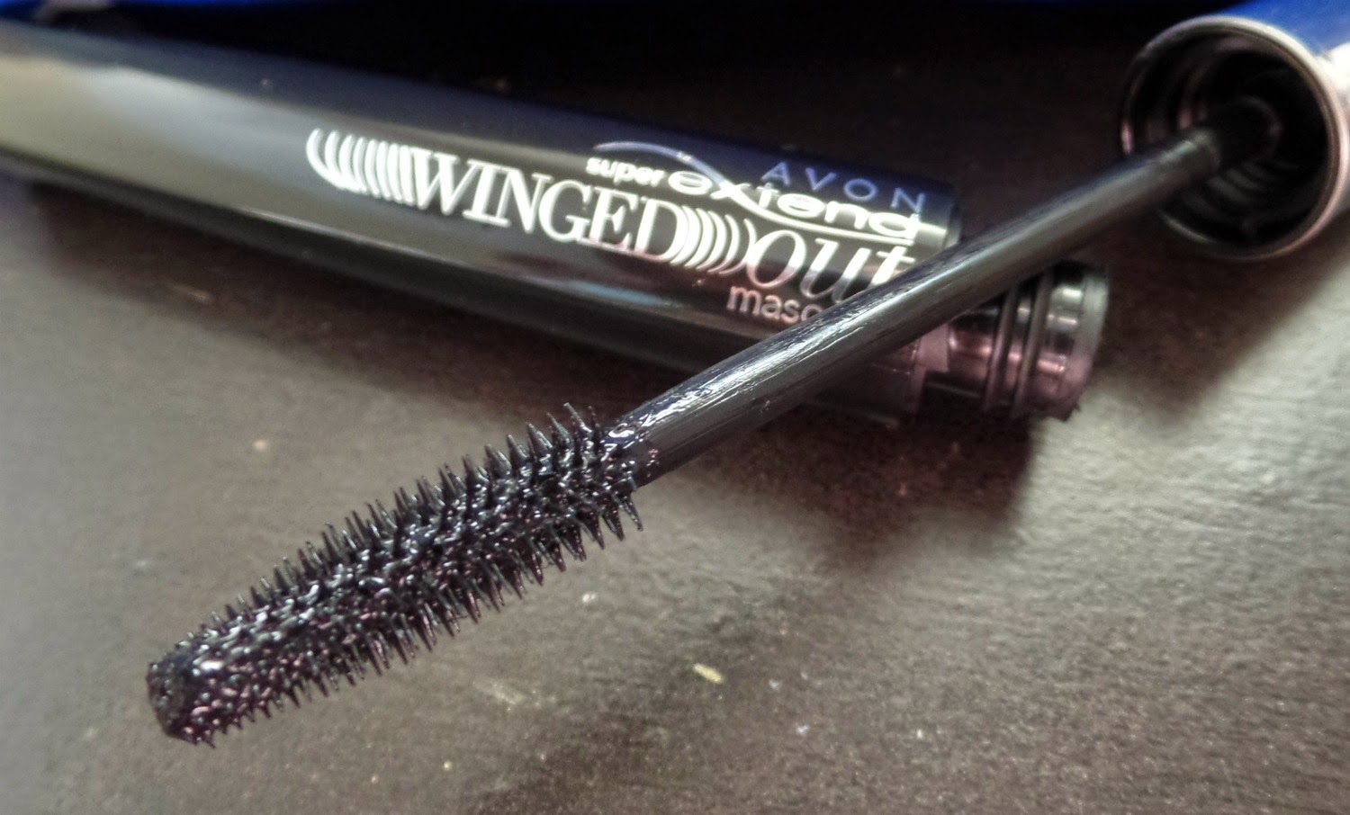 aa28abe7d78 It didn't give me too much volume but it is super lengthening, and that's  the way I like my mascaras! The Avon Super Extend Winged Out ...
