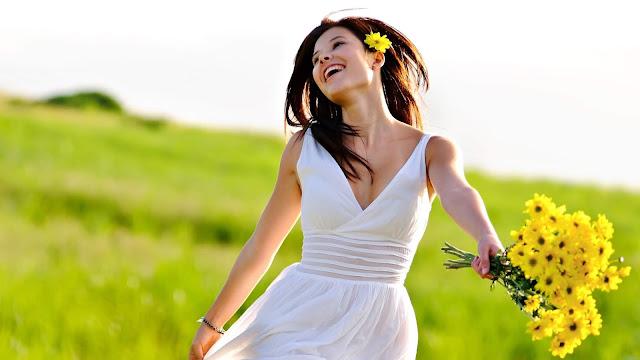 Jak być szczęśliwą kobietą? Lista 10 kroków