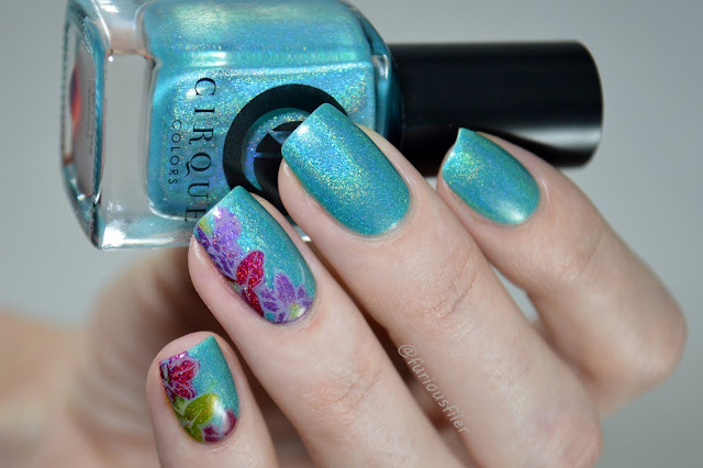 #nailpolishsocietyabc holo turquoise nail polish summer zdobienia paznokci