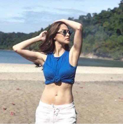 IN PHOTOS: TOP 10 Pinay Celebs And Their Real Age