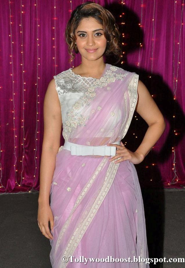 Surabhi At Zee Telugu Apsara Awards 2017 In Violet Saree