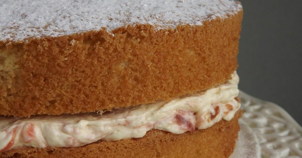 Rhubarb And Custard Victoria Sponge Cake