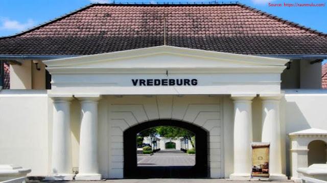 Menguak Sejarah Benteng Vredeburg Jogja