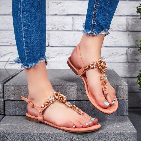 Sandale cu talpa joasa dama roz cu accesorii frumoase ieftine