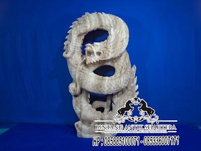 Patung Naga Marmer