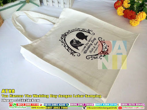 Tas Kanvas The Wedding Day Dengan Lebar Samping