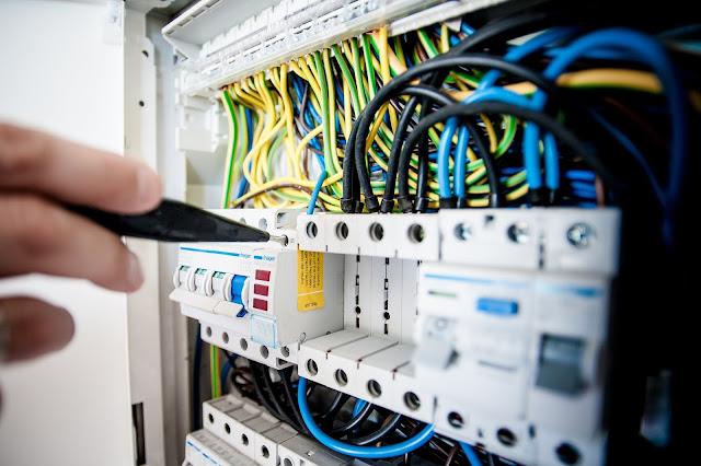 إعلان عن توظيف تقني في التبريد و التكييف في شركة UPC ولاية  قسنطينة