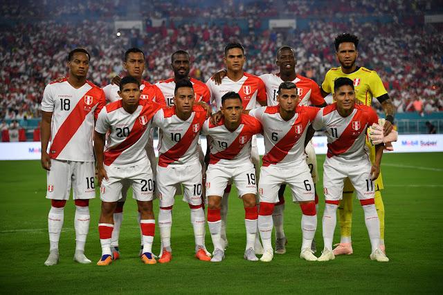 Formación de Perú ante Chile, amistoso disputado el 12 de octubre de 2018