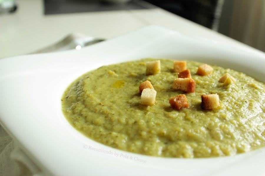 Receta de Crema de Brócoli y Puerros del blog Recomiendo by Pola & Cleme