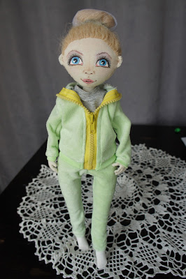 текстильная кукла, кукла спортсменка, кукла блондинка